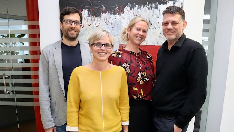 """Das Team der Themenplattform """"Digitalisierung"""" (v. l. n. r): Mag. Dr. Matthias Firgo; Mag. Julia Bock-Schappelwein; Mag. Dr. Agnes Kügler, MSc; Dr. Werner Hölzl"""