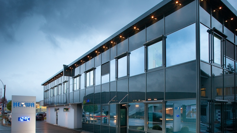Foto des Gebäudes der Firma HERWA Multiclean GmbH (Foto: Adomo Beteiligungs GmbH)