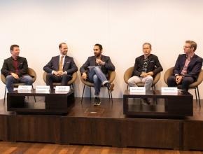 Thomas Dübendorfer (Deep Tech Angel Investor, Präsident des SICTIC), Thomas Dünser (Regierung Liechtenstein), Bardia M. Zanganeh (Zühlke Group), René Hüsler (Hochschule Luzern), Gian Carle (EVU Partners und Quartierstrom)