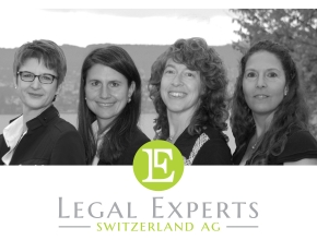Team von Legal Experts mit Logo