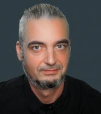 (c) Udo Schloegl
